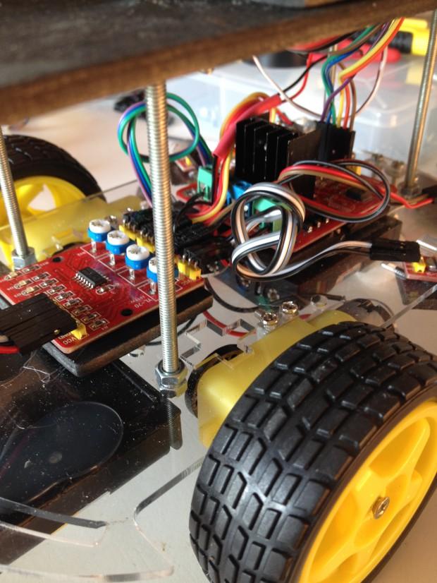 Robot1piano b